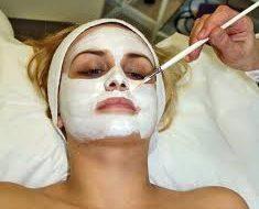 Dlaczego warto ukończyć kurs kosmetyczny?