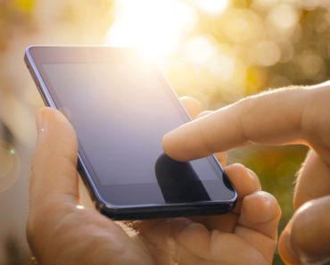 Telefon do firmy – kiedy najlepiej kupić nowy?