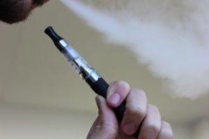 E-papieros. Źródło: Pixabay.com.