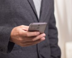 Smartfony – ułatwienie czy utrudnienie w pracy?