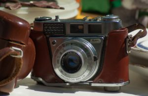 Pchli targ zawsze był metodą na zarobek. Źródło: Pixabay.com.