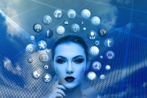 Świat mediów coraz bardziej sprowadza się do obecności w kilku aplikacjach. Źródło: Pixabay.com.