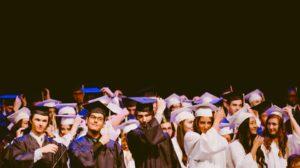 Zdaniem PSRP, ukończenie studiów powinno być początkiem spłacania kredytu. Źródło: Pixabay.com.