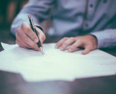 Wzrost liczby pracowników na umowie o pracę