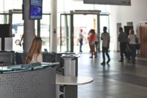 """Praca w dużym """"korpo"""" pociąga najwięcej studentów, gdy mają wymienić konkretne firmy. Źródło: Pixabay.com."""